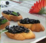 Patè di olive nere alla piemontese