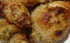 Cosce di pollo in padella profumate al finocchio