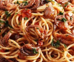 Spaghettini al sugo di polpo