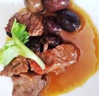 Spezzatino alle olive nere