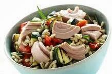 Insalata orzo verdure e tonno