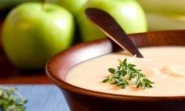 Zuppa di mele allo speck