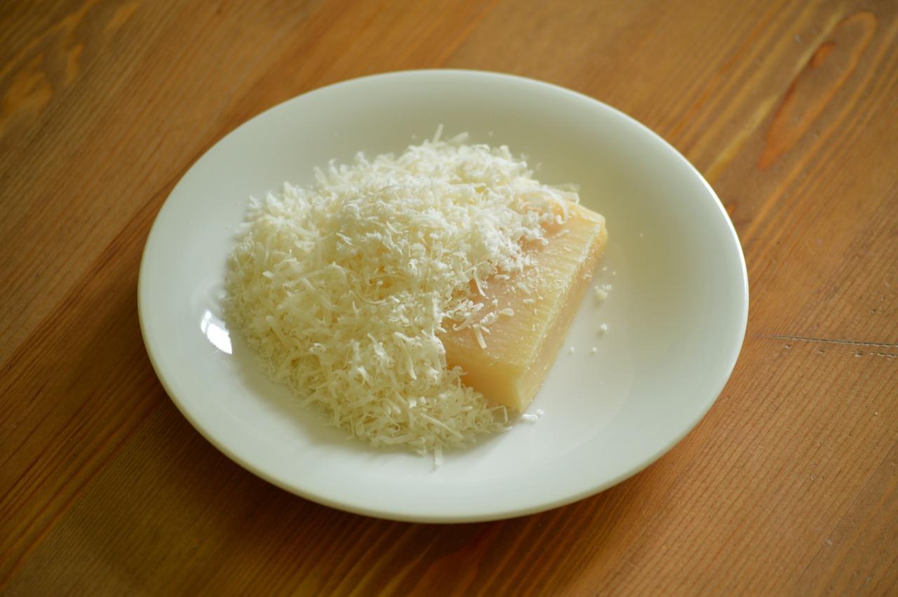 Budini di parmigiano e acciughe