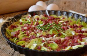 Torta salata speck e pecorino