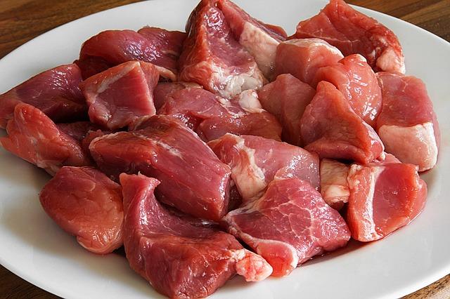 Spezzatino di maiale alle mele glassate