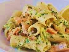 Rigatoni zucchine e salmone