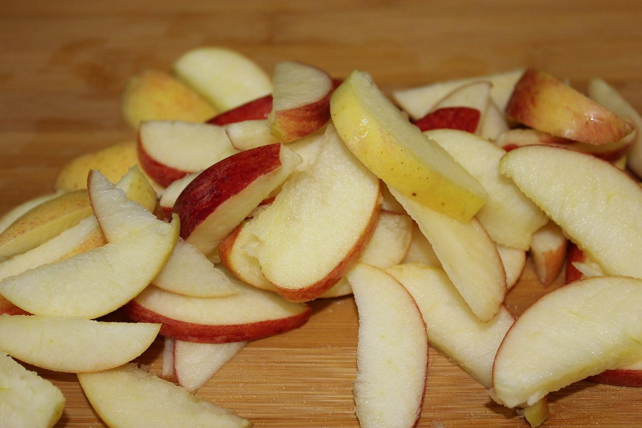 Insalata di mele e fontina valdostana