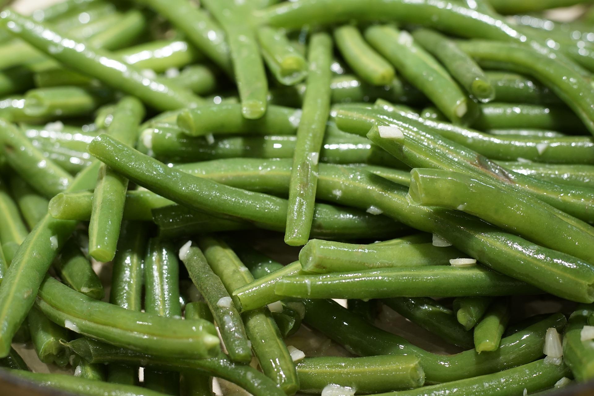Fagiolini marinati alle erbe aromatiche